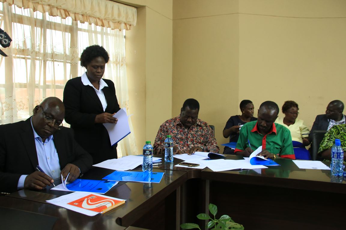 Signing of MoU between Kibabii University and Kenya National Union of Teachers(KNUT)