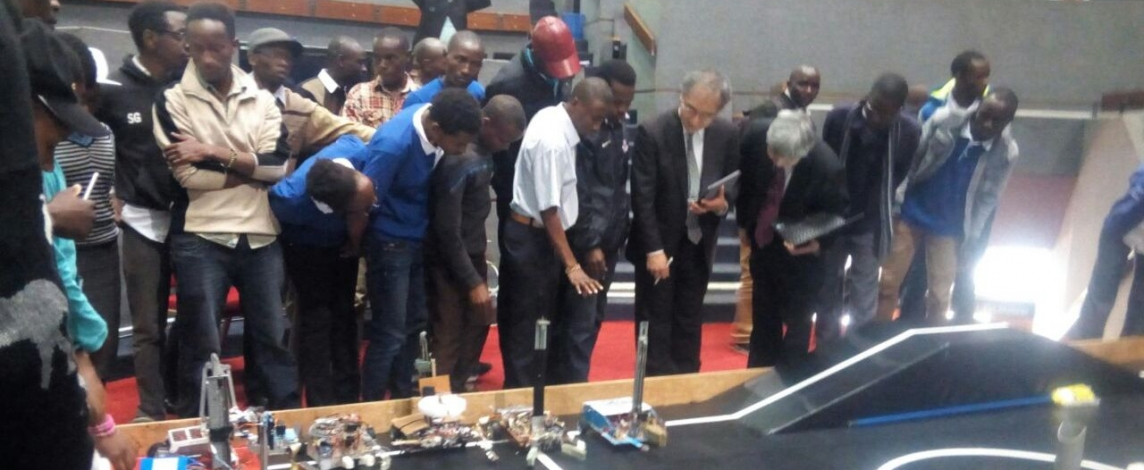 Kibabii University robotics team participate in the Kenya's 7th National Science Week Slider
