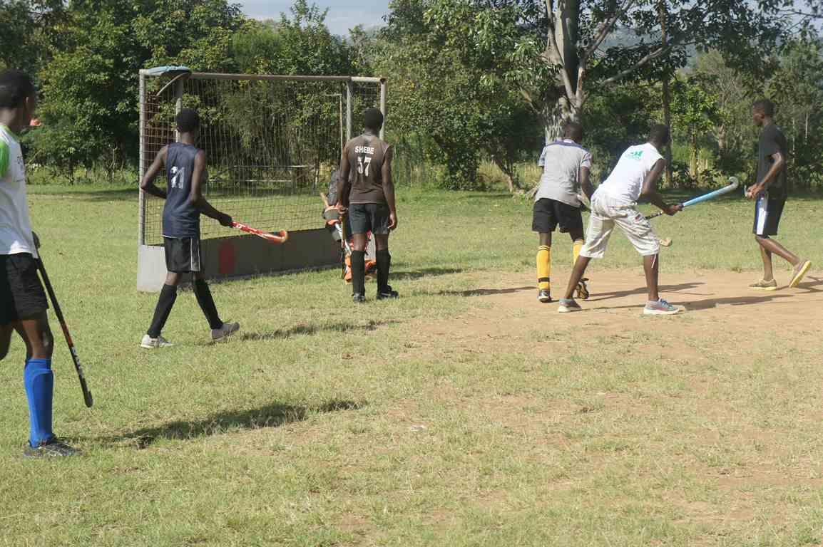 Hockey Team Preparation for WEKUSA Games