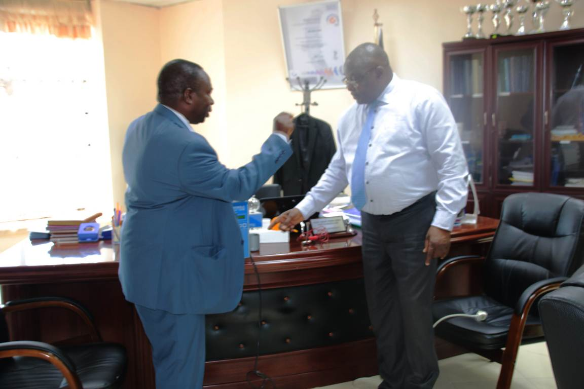 Prof. Siamba Donates an EKOSCAN Machine for Research and Training on Somatic Cell Count
