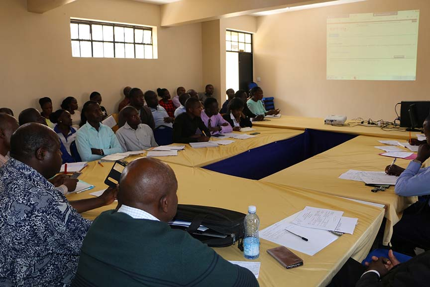 School of Graduate Studies Held a Meeting with Postgraduate Students