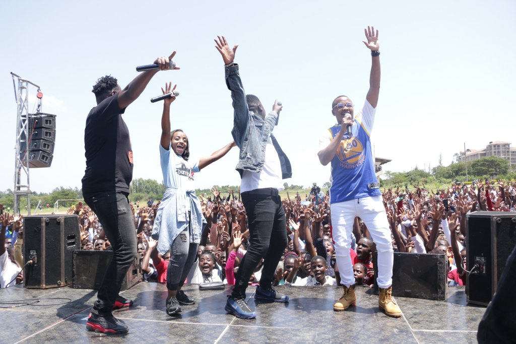 Kibabaii University Hosts a Thunderous Bambika Sunday Live Show