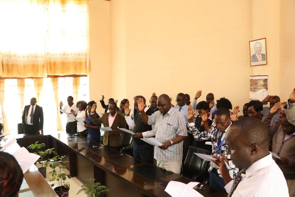 Kibabii University Staff take Oath of Secrecy