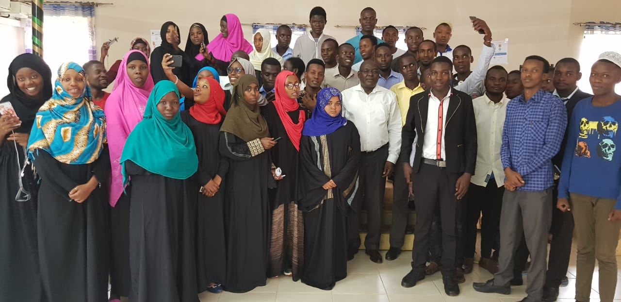 Vice Chancellor met with the Muslim Students Association of Kibabii University