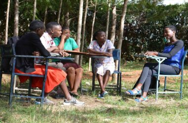Student-Reading-