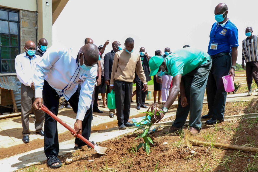 Equity-Bank-Donates-5000-Tree-Seedlings-to-Kibabii-University_1-2